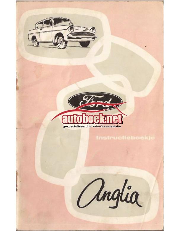 Ford Anglia Instructieboekje   Benzine Fabrikant 62 met gebruikssporen notities op achterkaft  Nederlands