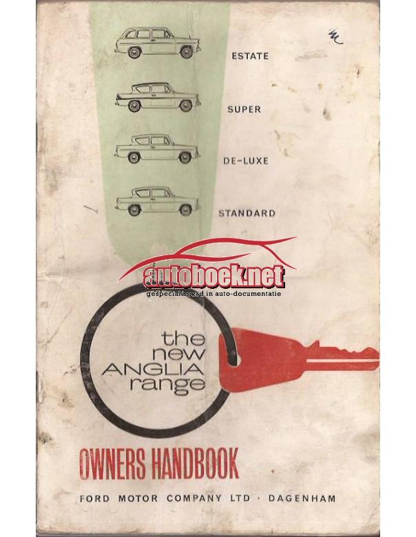 Ford Anglia Instructieboekje   Benzine Fabrikant 63 met gebruikssporen vouw in kaft  Engels