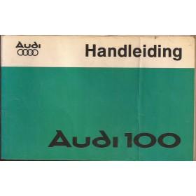 Audi 100 Instructieboekje   Benzine Fabrikant 77 met gebruikssporen vouw in kaft  Nederlands