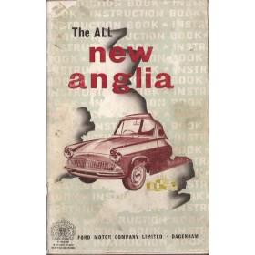 Ford Anglia Instructieboekje   Benzine Fabrikant 59 met gebruikssporen rug beschadigd  Engels