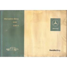 Mercedes-Benz 200/230.4 Instructieboekje  W115 Benzine Fabrikant 74 met gebruikssporen folie kaft laat los, lichte vochtschade  Nederlands