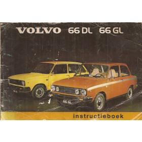 Volvo 66 Instructieboekje   Benzine Fabrikant 75 met gebruikssporen lichte vochtschade  Nederlands