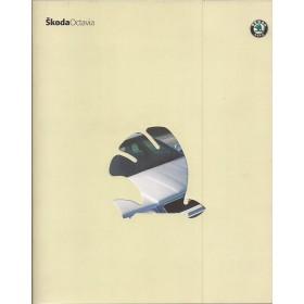 Skoda Octavia brochure 40 pagina's 2000 met gebruikssporen Nederlands